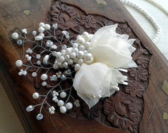 Ivory  Vintage Wedding Piece, Fascinator,Cream flowers comb,Bridal Comb,