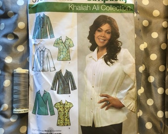 Simplicity 3789 Shirt or Top by Khalia Ali with Polka Dot Silk Fabric 2 yards plus and Thread- Size R5 14 16 18 20 22