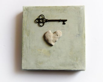 Unique Valentine Gift, Love gift for Mom, Holiday Gift Home, Mothers Day Gift, Heart Shaped Rocks, Heart Key, Heart shaped Beach stone rock