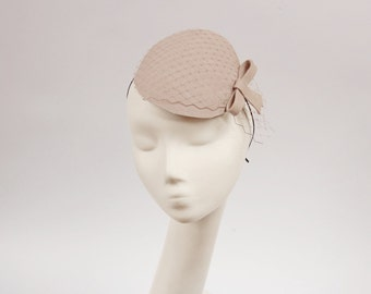 Light Beige Fascinator with Veil and Simple Bow