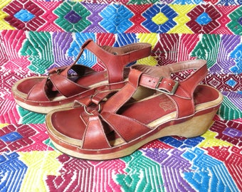 60s wood platform sandals, rust leather 6 6.5 Deadstock