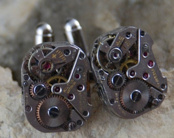 Beautiful Pair of 17 Jewels Steampunk Square Watch Movement Cuff links CL 43