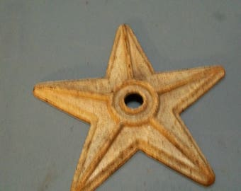 Cast iron   star   7 1/2 inches