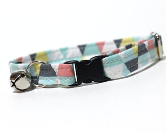 Unisex Geometric Cat Collar with breakaway safety buckle