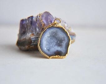 Natural Geode Necklace, Geode Necklace, Geode Jewelry, Druzy Geode Necklace, Druzy Necklace, Small Geode Necklace, Gold Geode Necklace, Boho
