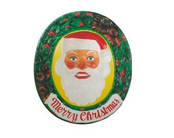Santa Follows You Illuminated 3D Wall Display - Optical Illusion