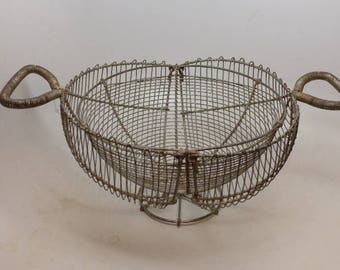 Vintage Wire Egg Basket - Wire Fruit Basket - Wire Basket - Wire Strainer - Folding Wire Basket