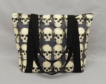 Realistic Skulls Zipper Tote Bag with Pockets, Fabric Shoulder Bag, Canvas Liner, Gray Black Cream