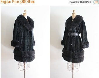24 HOUR SALE vintage 60s - 1970s jet black velvet coat - shearling collar cuffs & hem / 70s lambswool coat / bohemian luxe - rock n roll pri