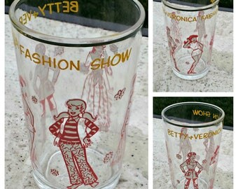 Vintage Betty & Veronica Glass - Archie Comic Books 1971 - Fashion Show - Two Available