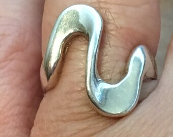 Zig Sag Swirly MODERNIST STERLING SilverRing Size 8