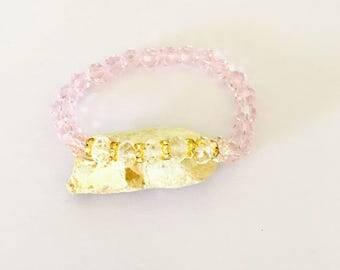 Stackable Bracelet, Pink & clear crystals, stretchy, beaded, layering, handmade, item no. De434