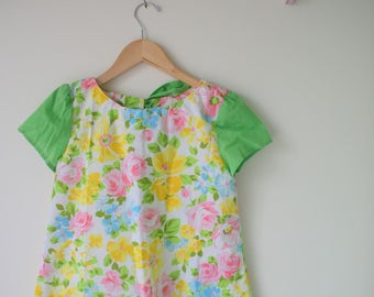 1960s FLORAL PEASANT Smock Dress...size 7 8 9 10  girls...kids. children. mid century. kitsch. floral. 60s dress. girls. retro. mod. easter