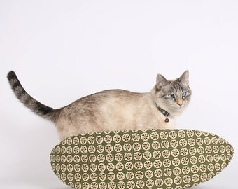 Cat Canoe Modern Cat Bed in Sage Green and Ivory - Made in Washington