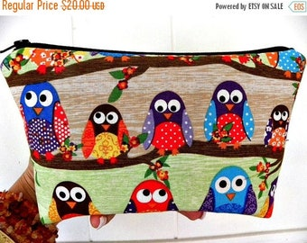 Last one-Owls Large zipper What a Hoot Cosmetic pouch-Flat Bottom-Rare fabric-
