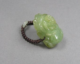 Carved Nephrite Ring, Jadeite Ring, Macrame Band, Statement Ring, Size 8, Green Rose, Vintage Chinese Jewelry, Boho, Hippie