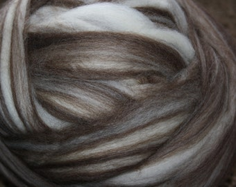 RawCo. 1 lb. Blue Face Leicester Natural Blend Wool Top Roving