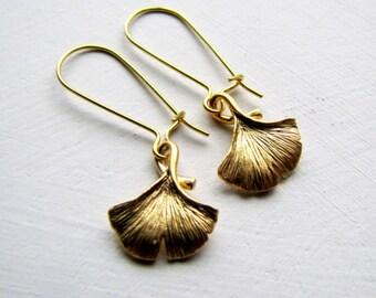 Gold Gingko Leaf Earrings Rustic Jewelry Nature Inspired Earrings Boho Earrings Small Leaf Casual Earrings Fashion Earrings Boho Fashion