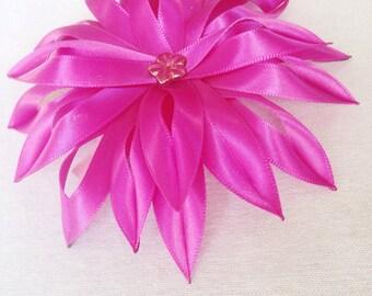 Handcrafted Pink Kanzashi flower