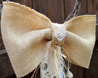 Large Burlap pew aisle bow, Chair burlap bow, Rustic wedding table decor, Country wedding decorations, Large bow in burlap raffia lace
