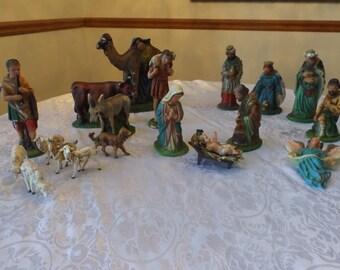 Antique Nativity .Christmas decoration .Jesus birth scene. Excellent vintage condition. 21 Pc Hand painted .
