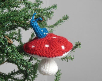 Alice in Wonderland Ornament, Absolem Christmas Ornament, Alice in Wonderland Holiday Ornament, Mushroom Ornament, Holiday Decor, Knit Toy