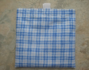 Blue Plaid Reusable Sandwich Bag, Reusable Snack Bag, Washable Treat Bag, Cosmetic Bag, Purse Organizer with easy open tabs