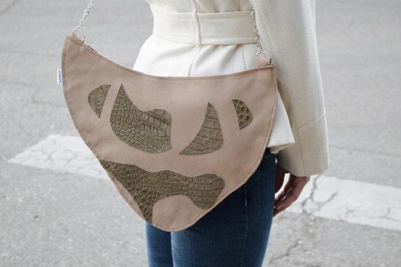 Leather purse,abstract purse,alligator leather,handbag,alligator clutch,leather clutches,chain leather bag,shoulder purse, cream purse bag