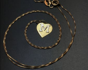18k M Necklace. 18k Gold M Pendant. 18k Gold Necklace. 18kt Mary Jewelry. 750 Gold No.001486