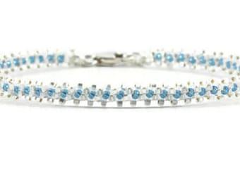 Dainty Beaded Bracelet - Blue and White Seed Bead Bracelet - Beadwork Jewelry - Bracelet Chain - Layering Bracelet