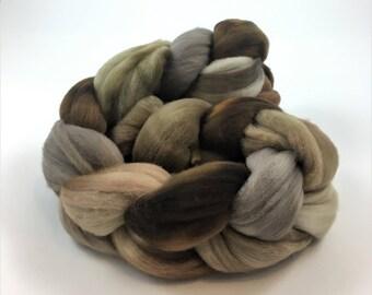 Merino Wool Roving, 21.5 micron, 4 oz, Spinning fiber, Combed top, Wool felting fiber, Wool top, Soft wool roving, Himalayan