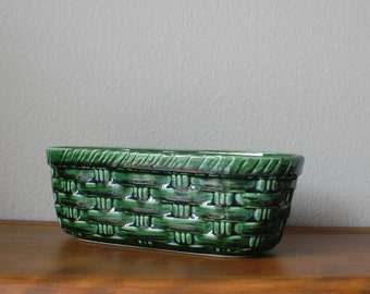 Vintage Mccoy green glazed basketweave pattern oval planter 586