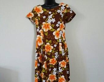 1960 Ui Maikai Hawaiian maxi dress floral