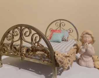 Holly Hobby Good Night Prayers And Brass Bed Set