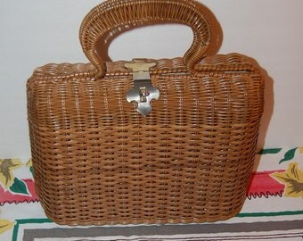 Huge Wicker Purse Vintage Delux Handbag by Dayne Taylor Made In British Crown Colony of Hong Kong