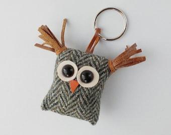 Owl keyring,keyfob,bag charm, recycled Harris tweed and leather