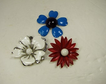 Vintage PATRIOTIC FLOWER BROOCH Set/3 Red White Blue Daisy Hibiscus Floral Pin