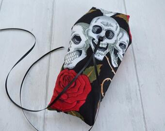 Skull and Roses Coffin wedding ring pillow, Gothic, Halloween, Alternative wedding