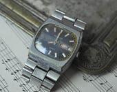 Vintage Soviet Russian wrist watch for parts. Didn't work.