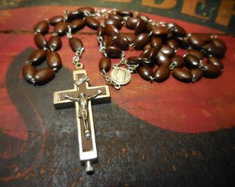Vintage 1960s Rosary with catacombs soil