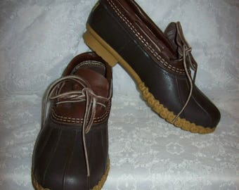 Vintage Ladies Brown Rubber Duck Low Boots Shoes by L L Bean Size 9 WIDE Only 22 USD