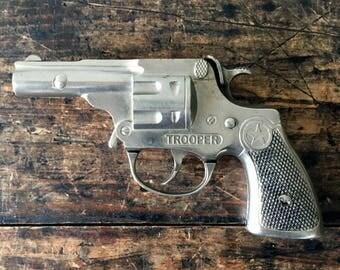 Vintage 1950's Hubley Trooper Toy Pistol, Cap Gun, Toy Revolver