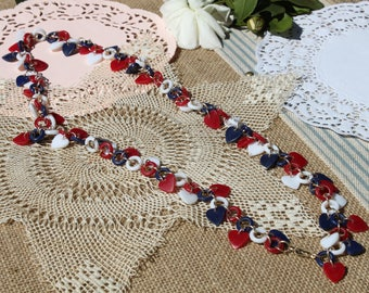Red White and Blue 1970s necklace heart shaped necklace