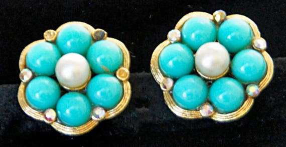 Vintage 1950s Signed KRAMER EARRINGS w/ Faux Turquoise and Center Pearl