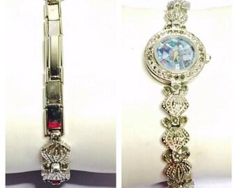 Vintage fire Opal face Wrist Watch, silver Tone, sea shell design band, Clearance Sale, Item No. B200