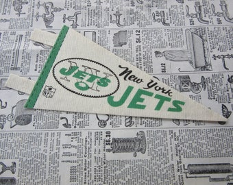 Vintage New York Jets Football Pennant 1970s 7 Inch Mini Felt Pennant Banner Flag vtg Collectible Vintage NFL Display Sports Room Decor