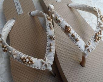 Bridal Gold Shell Flip Flops / Bohemian Style Flip Flops / Shell and Starfish Flip Flops / Summer Beach Flip Flops / Beach wedding Sandals.