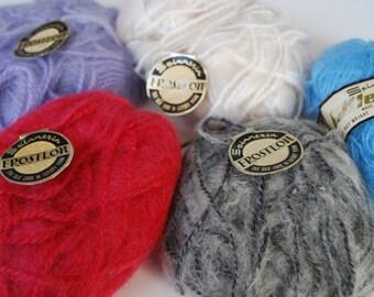 5 skeins Spinnerin Frostlon yarn vintage yarn