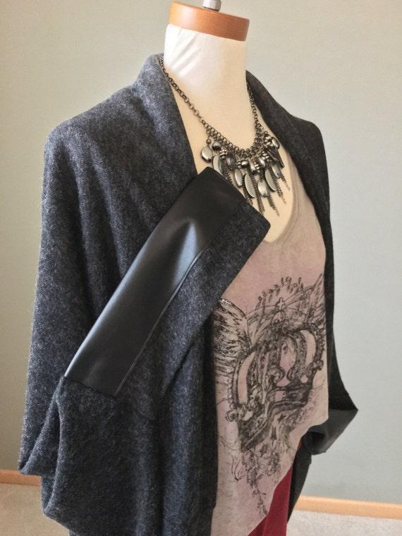 Ombre Charcoal Sweater Knit Kimono wrap