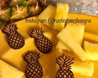Pineapple comfetti ,party decor, pineapple summer decor, pool party, wood confetti, reusable, birthday party, custom, wood confetti